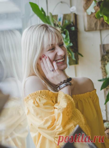 Смешное стихотворение, понятное каждой женщине: «Я сама себе стала кумиром» | Издательство АСТ nonfiction | Яндекс Дзен