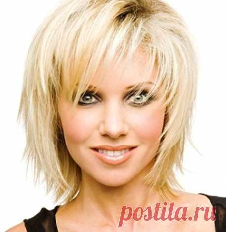 Стрижки для тонких и редких коротких и средних вьющихся волос, фото