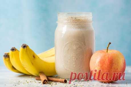 Молочный яблочно-банановый смузи.