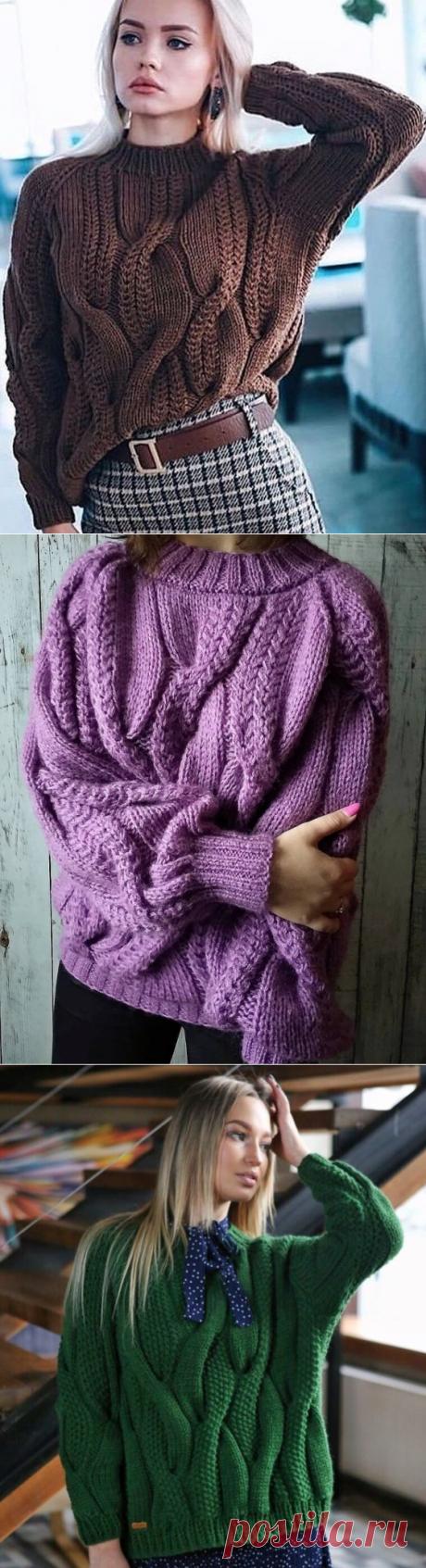 Вязаный свитер с косами спицами