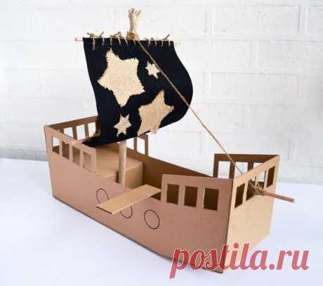 Пиратский корабль из плотной бумаги