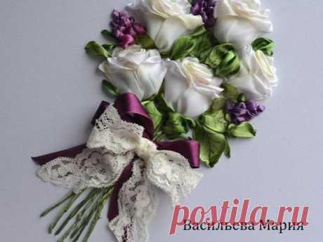 Мастер-класс смотреть онлайн: Вышиваем лентами  «Букет белых роз»