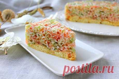 Очень простой тортик с желе и сливками