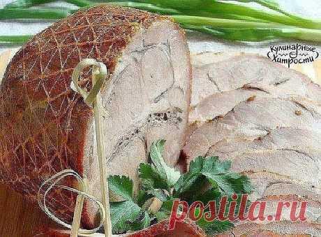 МЯСНОЙ ОРЕХ В МУЛЬТИВАРКЕ   Ингредиенты: Мясо (свиная шейка) — 800 г Специи (примерно по 1 ч.л. сладкой паприки, сухой аджики, гранулированного чеснока и смеси для мяса) — 4 ст. л. Соль — 1 ч. л. Приготовление: Берем свиную шейку. Из шеи получается лучше всего - она не постная и мясо остается сочным и нежным. Мясо лучше замариновать. Время зависит только от вас - минимум час, а лучше на ночь. Чем дольше маринуется, тем вкуснее нарезка. Сначала просто натереть солью (пример...