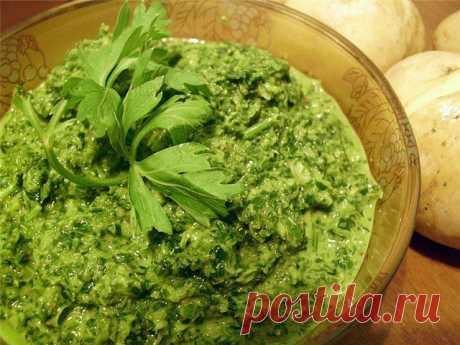 Чимичурри (зеленый соус).