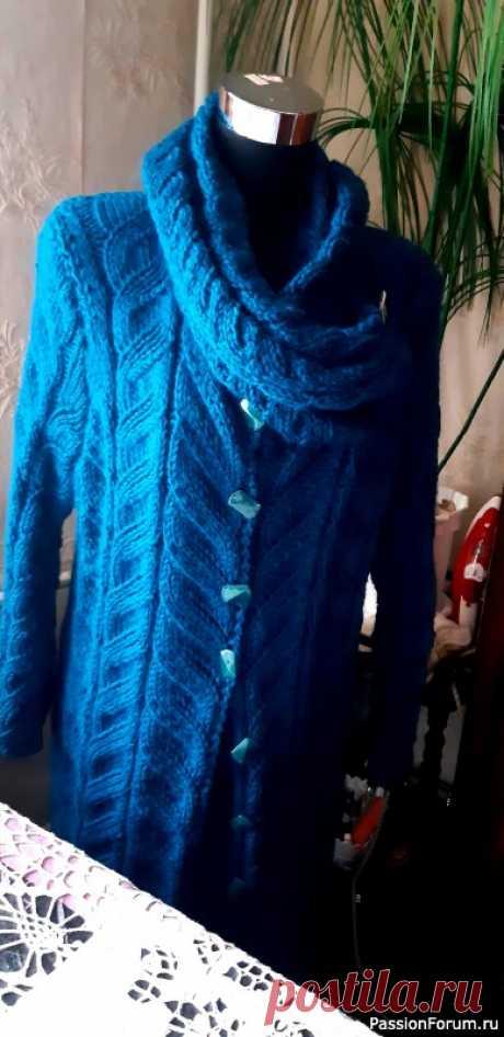 Пальто на межсезонье   Вязание спицами. Работы пользователей
