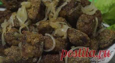 ¡La receta más sabrosa del hígado! ¡El hígado resulta suave, jugoso, tierno! ¡La receta más acertada del hígado frito de todo que probaba! INGREDIENTYgovyazhya el hígado – 600 gr.yaytso — 1 pieza el ajo – 3 zubchikasahar — 1 h. l.sol (sin montecillo) — 1 h. l.soda — 0,5 h. l.lukovitsa — 1 pieza de m...
