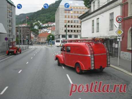 Берген, Норвегия. Пожарные машины.