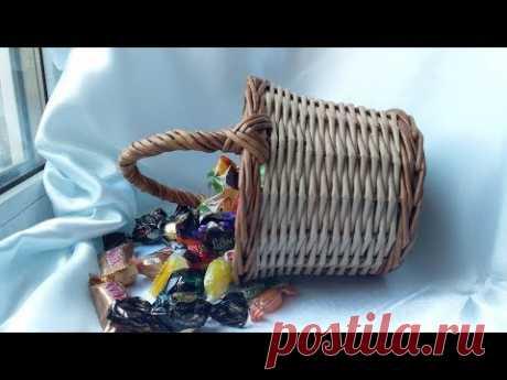 Корзинка - лукошко с ручкой. Подробно. Basket-basket with handle. Detailed.