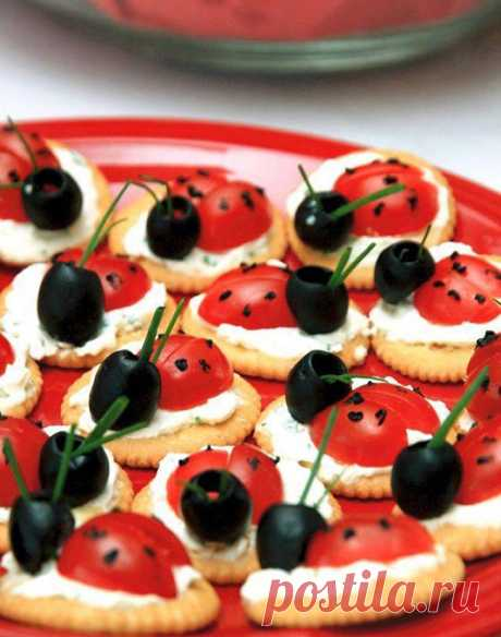 Оригинальная подача закусок: идеи оформления праздничного стола