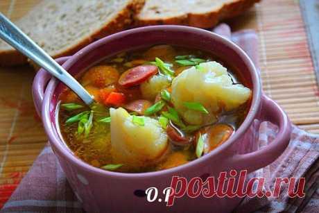 Суп с сосисками и цветной капустой — порадуй родных новым вкусом!