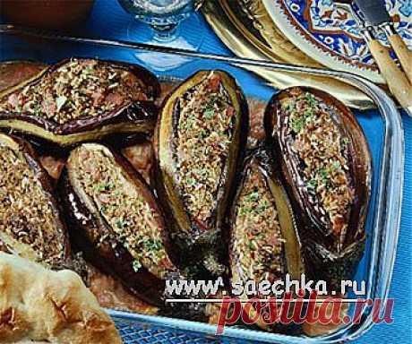 Las berenjenas rellenadas por el arroz y los tomates | las recetas en Saechka.Ru