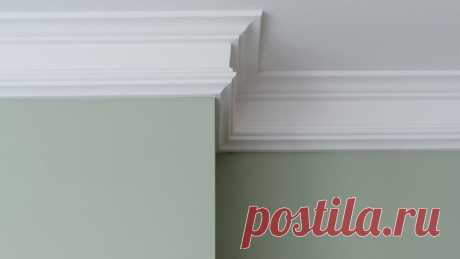 Правильно клеим потолочный плинтус на обои – пошаговая инструкция | Наш Ремонт | Яндекс Дзен