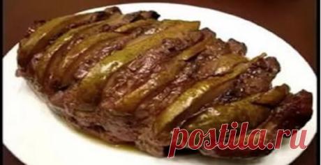 Нежное запеченное мясо свинины с ароматной грушей, политое вкуснейшим соусом — вы пробовали такое?