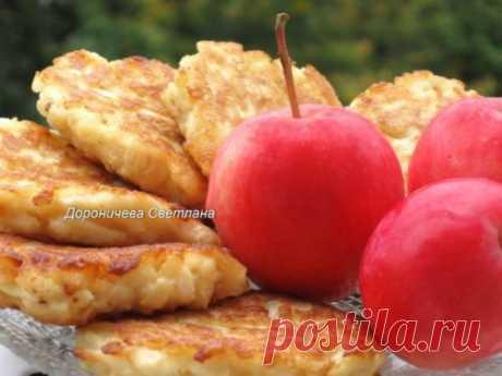 Оладьи из яблок для воскресного завтрака! Безумно вкусно и просто!