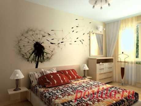 Чем заполнить пустую стену в спальне: реальные фото-примеры Чем можно заполнить пустую стену в спальне: возможные варианты и простые идеи декора своими руками. Подборка фото.