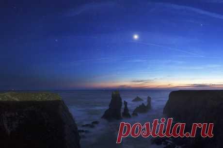 3 июня 2020 года, Венера в нижнем соединении с Солнцем. Нижнее соединение произойдет очень близко на небе от солнечного диска, но прохождения планеты по диску Солнца, как в 2004 и 2012 годах, не наступит.  Новая Венера - это как период второго рождения, когда Венера получает новый импульс. Нижнее соединение сегодня 3 июня, когда Венера ретроградная и находится максимально близко к Солнцу. Сегодня завершился 8-летний цикл Венеры и начинается новый. Венера отвечает за финанс...