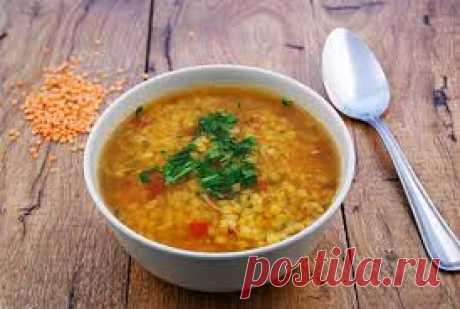 Противовоспалительный эффект данного супа достигается путем добавления специй, таких как куркума, имбирь и черный перец. Куркума имеет противовоспалительные свойства, а черный перец позволяет усвоить ее нашим организмом. Имбирь согревает и отлично помогает при простудных заболеваниях. Но очень важно