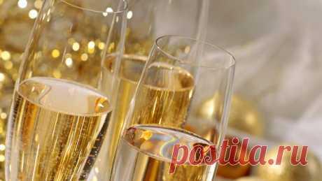 Чтобы предотвратить разрушение нервных клеток пейте шампанское!
