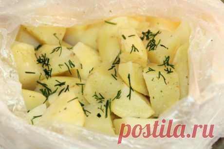 Картошка в микроволновке в пакете: пошаговые рецепты с фото для легкого приготовления 🚩 Кулинарные рецепты