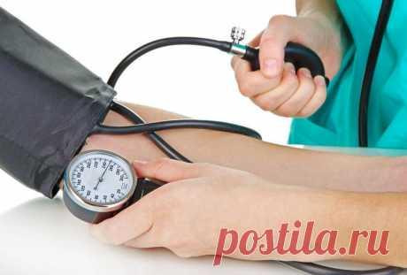 Как контролировать свое артериальное давление. Его нормы в соответствии с возрастом. Человек может вовремя выявить заболевание сердца и обратиться к врачу. Регулярное измерение АД - это профилактика инсульта и инфаркта, сердечной недостаточности.