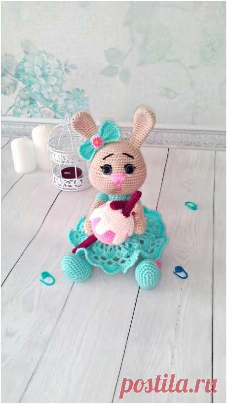 PDF Зайка с мороженым. FREE amigurumi crochet pattern. Бесплатный мастер-класс, схема для вязания амигуруми крючком. Игрушки своими руками! Заяц, зайчик, кролик, rabbit hare, bunny liebre, conejito, coelhinho lebre, lièvre, lapin hase, zając. #амигуруми #amigurumi #amigurumidoll #amigurumipattern #freepattern #freecrochetpatterns #crochetpattern #crochetdoll #crochettutorial #patternsforcrochet #вязание #вязаниекрючком #handmadedoll #рукоделие #ручнаяработа #pattern #tutorial #häkeln #amigurumis