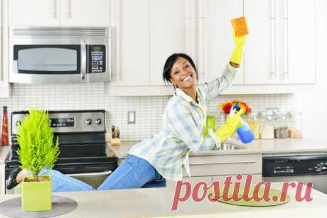 5 быстрых способов очистить кухонные шкафчики от жирного налета Ни для кого не секрет, что уборка кухни самая трудоемкая. Так много поверхностей и так мало времени.