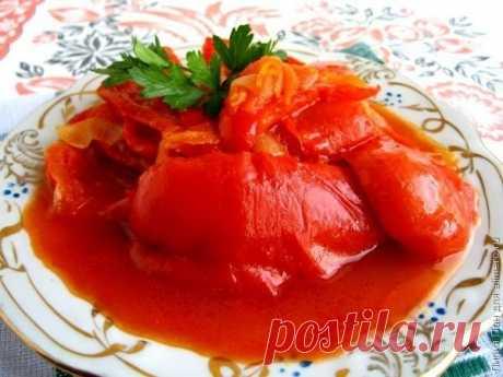 Лечо из болгарского перца и помидоров с морковью и чесноком