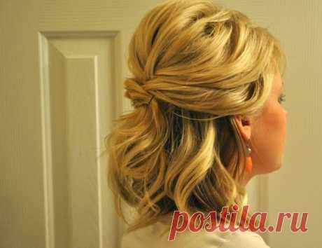 Como hacer el pelo largo a los cabellos cortos A cada mujer, especialmente las posesoras de los cabellos raros y delgados, apetece tener. Alcanzar peinados pomposo de esto es posible por medio del pelo largo, que cambia el aspecto, añadiendo en él el elemento de la solemnidad. Aquella …