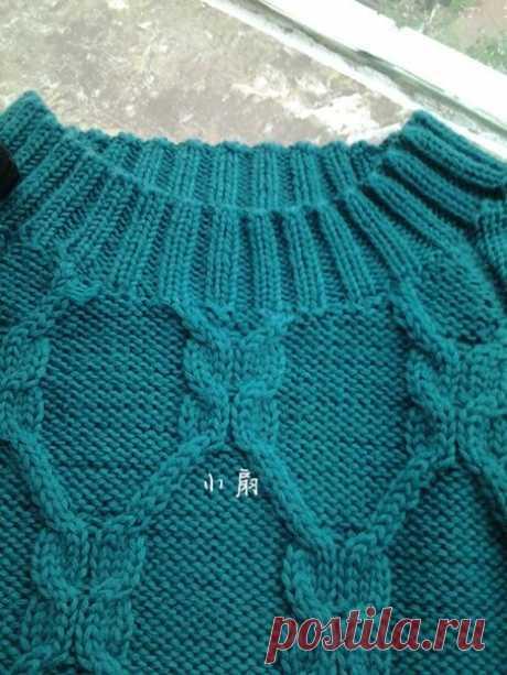 Детский пуловер с асимметричным низом