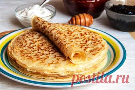 Безупречные блины   Ингредиенты: кипяток — 1,5 стакана; молоко — 1,5 стакана; яйца — 2 штуки; мука — 1,5 стакана (тесто должно быть реже, чем на оладьи; сливочное масло — 1,5 столовые ложки; сахарный песок — 1,5 столов…