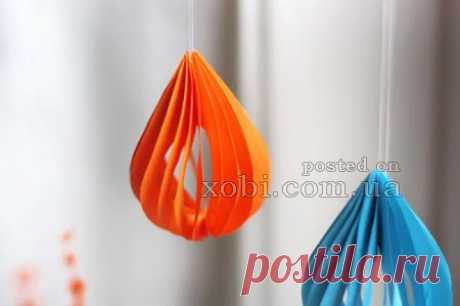 елочная игрушка из бумаги в виде капли