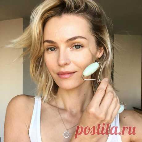 Всего 3 упражнения для четкого овала лица, красивой шеи и зоны декольте | Instyle.ru