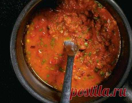 The ranchero – hot red sauce. It is good and heat, and cold. Approaches fish, meat or vegetables. Vegetables can even be baked in it