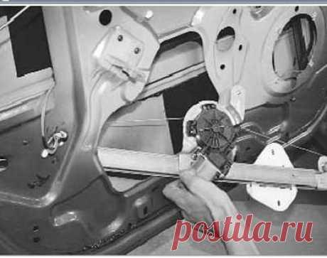 Как снять и установить стеклоподъемник передней двери на рено логан - Ремонт Авто