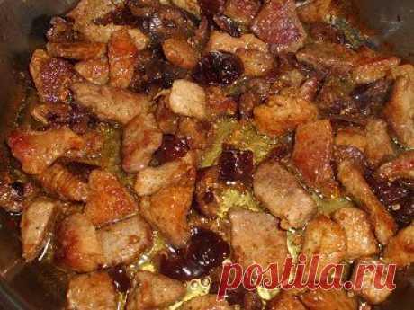 Мясо в пиве с черносливом | Рецепты моей мамы