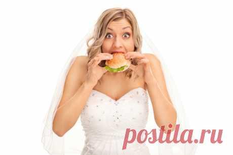 Me queréis, que es: por qué no estaba a dieta ante la boda | Mí Amable la Preparación para la boda a muchas novias incluye la renuncia indispensable de los placeres gastronómicos para entrar en el vestido, verse es más esbelto en las fotografías y en general ser en la tendencia. Pero esta opinión dividen no todo. iStock\/Ljupco «Esto ha pasado. La persona, con que soy lista a vivir toda la vida, me ha invitado a vivirla juntos. Me sentía así, como si en un día haya mi cumpleaños, el ron...