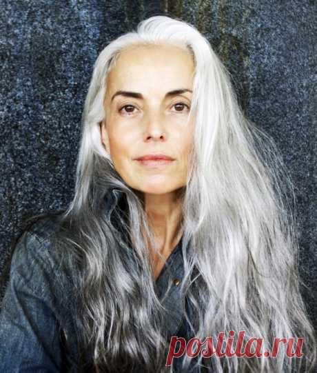 61-летняя модель поделилась секретами красоты