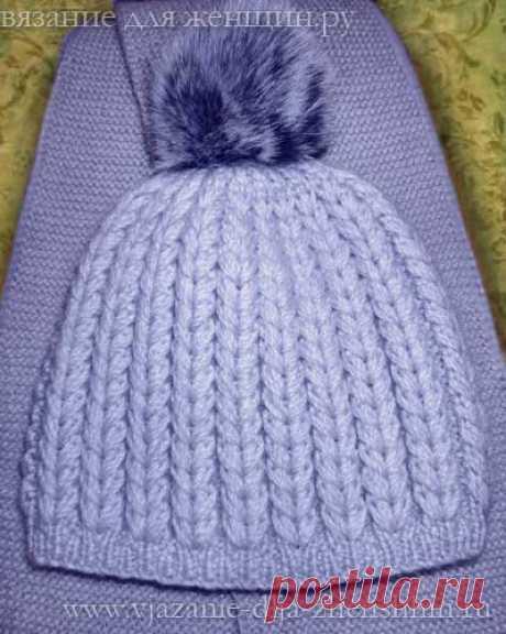 Интересная вязаная шапка