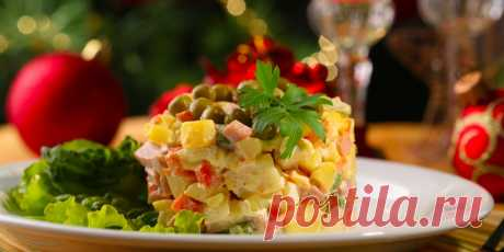 10 рецептов салата оливье. В том числе для веганов Рецепты для тех, кто не представляет новогоднего стола без привычного салата, но при этом хочет разнообразия.
