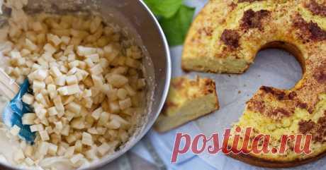 Правильное сочетание сладкого и кислого делают этот пирог явным фаворитом Яркий, восхитительный яблочно-коричный вкус пирога поднимет настроение любому!