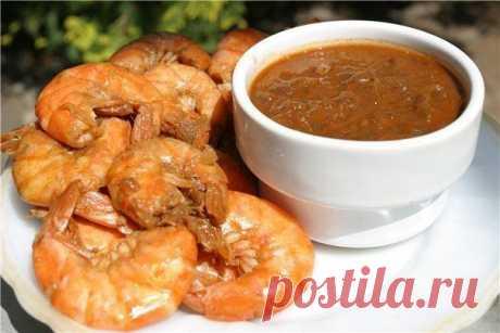 Креветки в чесночно-имбирном соусе — китайская кухня.