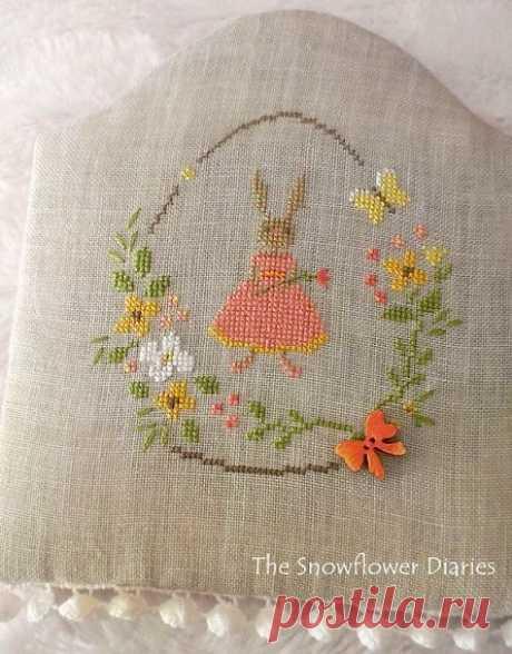 Пасхальная вышивка крестом: кролик в яйце. Схема