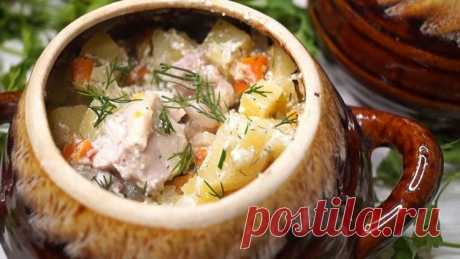 The fragrant and tasty dish in a pot - house will be asked by additives!...