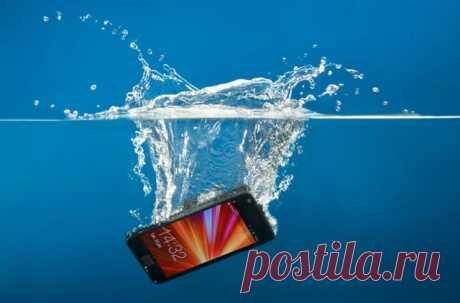 Что делать, если сотовый телефон попал в воду.