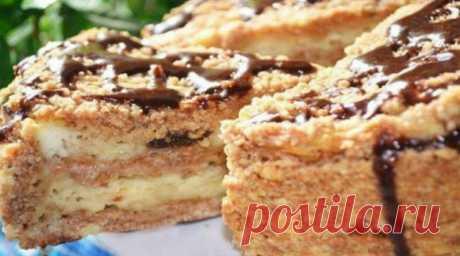 Пирог с творогом и черносливом: простой и вкусный Невероятно простой в исполнении пирог, который удивит вас своим вкусом.