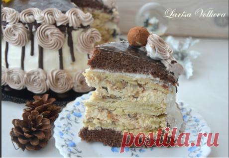 ~ Крещатый Яр  ~...шоколадный бисквит, слоеные коржи с безе и орехами, масляный и сметанный крем. ...ммм, вкусное наслаждение.