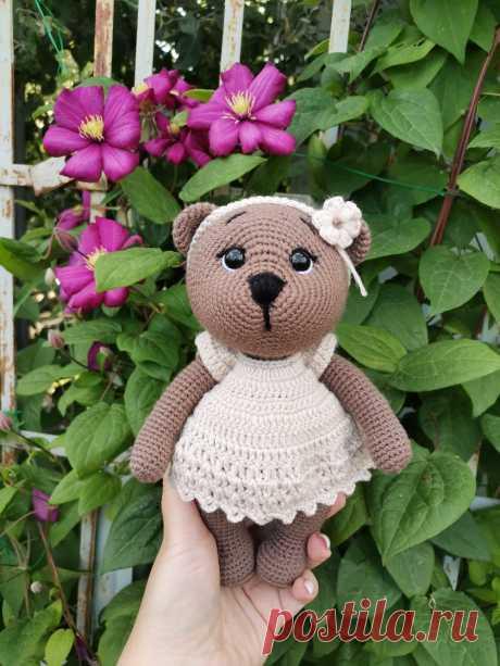 PDF Мишка крючком. FREE crochet pattern; Аmigurumi animal patterns. Амигуруми схемы и описания на русском. Вязаные игрушки и поделки своими руками #amimore - медведь, медвежонок, мишка.