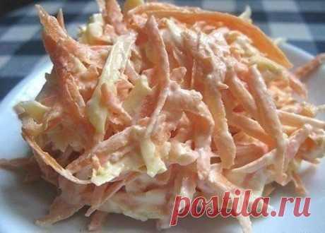 Морковный салат с сыром и чесноком  Ингредиенты:  ●1 крупная морковка (или 2 средних); ●100 гр. сыра; ●1-2 зубчика чеснока; ●майонез; ●соль  Приготовление:  Морковку чистим и трем на крупной терке. Сыр тоже трем на крупной терке, а чеснок на мелкой. Солим, добавляем майонез и хорошенько перемешиваем. Вот и все. . СОХРАНИ рецепт, чтобы не потерять!  ПОДПИШИСЬ на Лучшие рецепты Повара