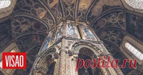 Visão | Tomar: o encanto da História Tomar é uma cidade fascinante e os seus encantos vão muito além do celebérrimo Convento de Cristo. Passear pelas suas ruas é mergulhar na História, num património único, e numa vida cultural e criativa vibrante